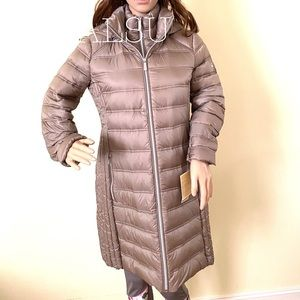 Michael Kors Hooded Packable Down Puffer Coat Taup